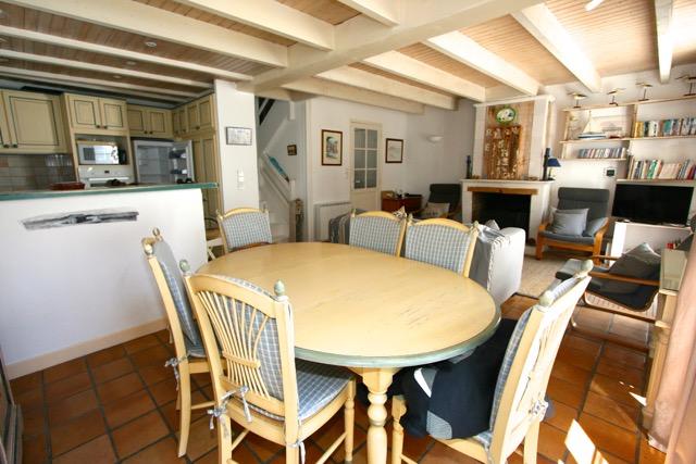 Maison de village Saint Martin de R� (ref=3771)